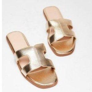 Nasty Gal Gold Metallic Slide Sandals Sz 7